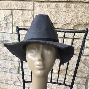 old navy gray wool floppy brim hat